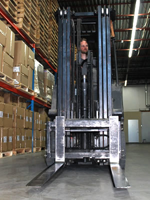 Precise warehouse cross docking